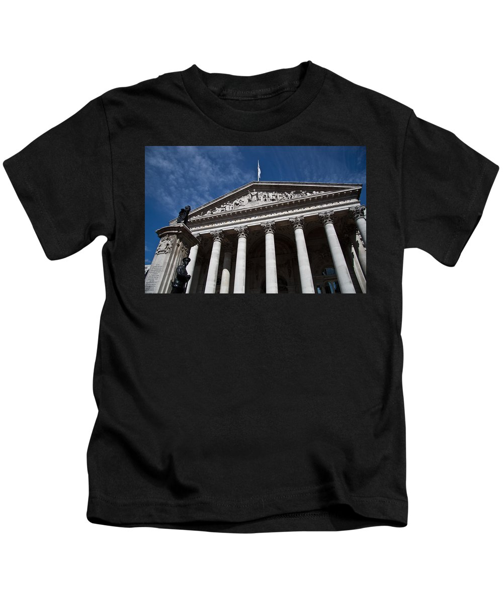 St Paulsllondon Building Kids T-Shirt featuring the photograph St. Pauls by Dawn OConnor