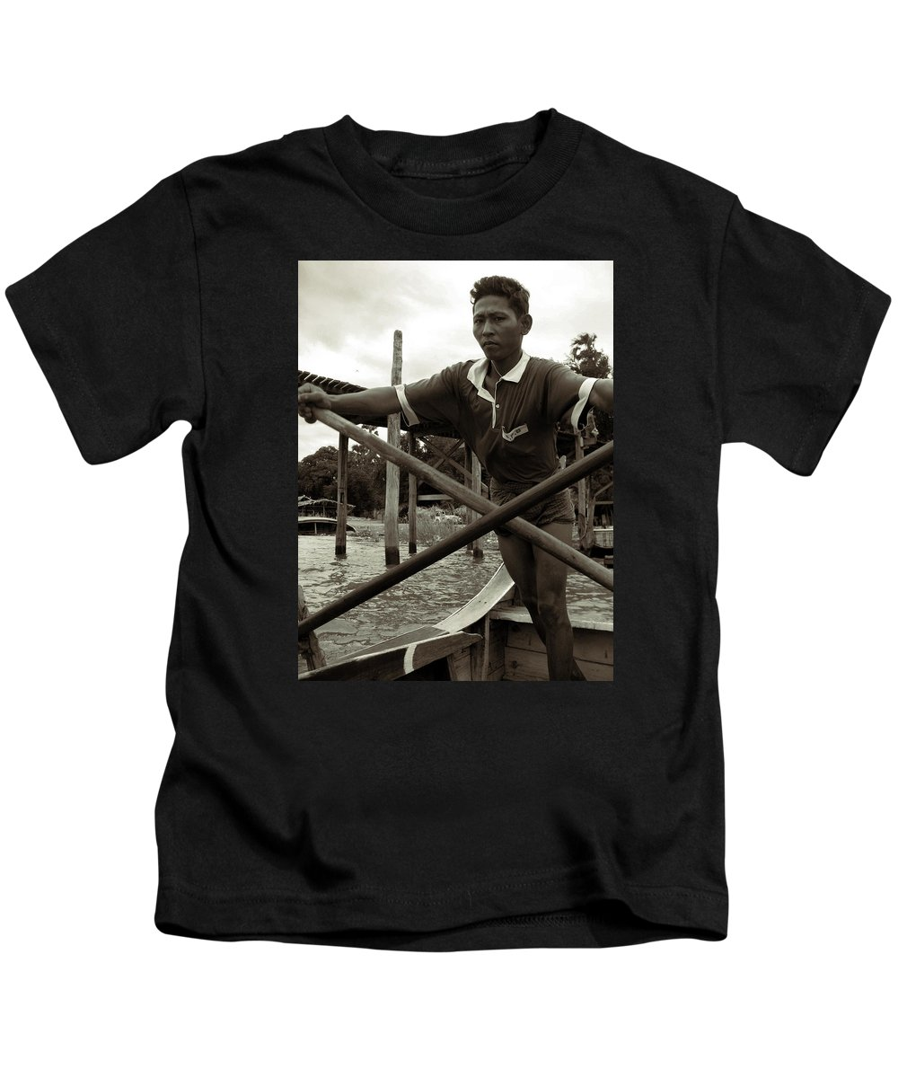 Boatman Kids T-Shirt featuring the photograph The Boatman Of The Lake Taungthaman - 2 by RicardMN Photography
