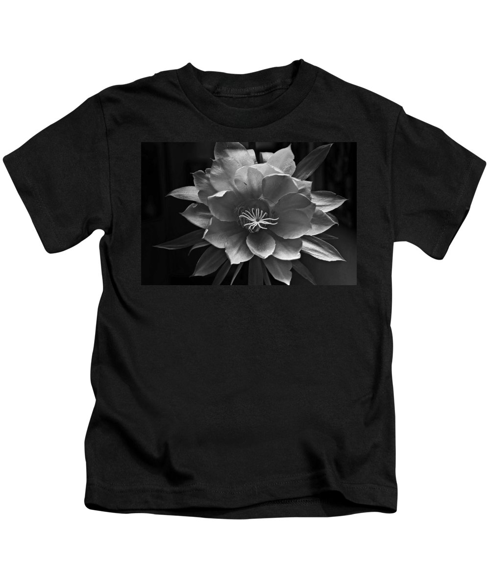 Flower Of One Night Kids T-Shirt featuring the photograph The Flower Of One Night by Tom Bell