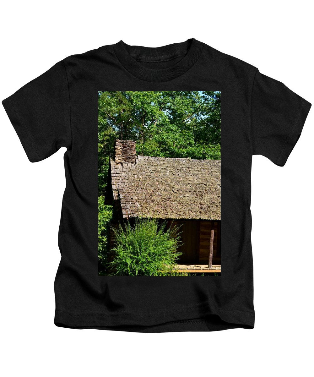 House Kids T-Shirt featuring the photograph The Old House by Maria Urso