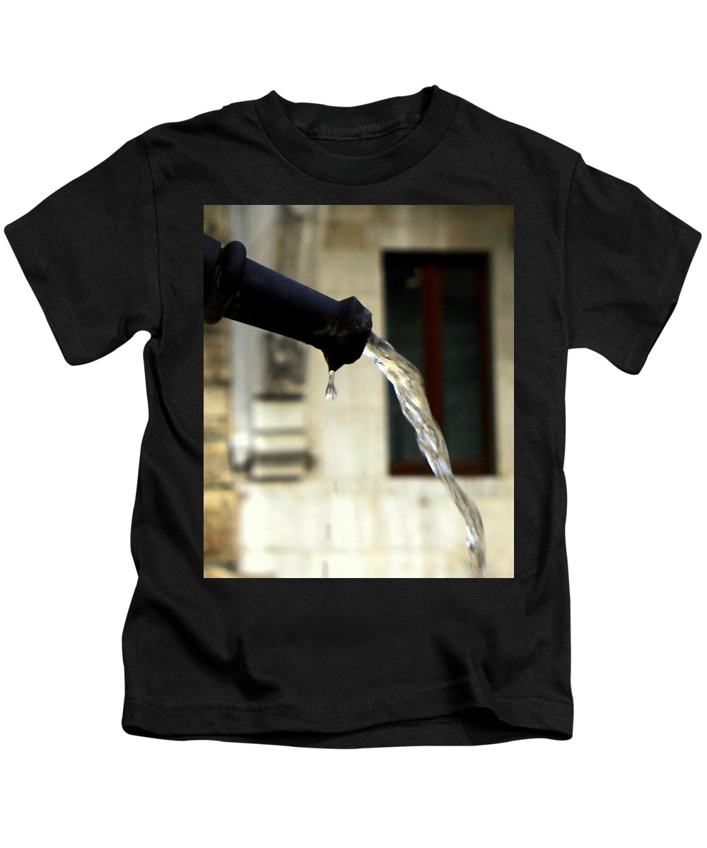 Water Kids T-Shirt featuring the photograph Water Fountain by Valentino Visentini
