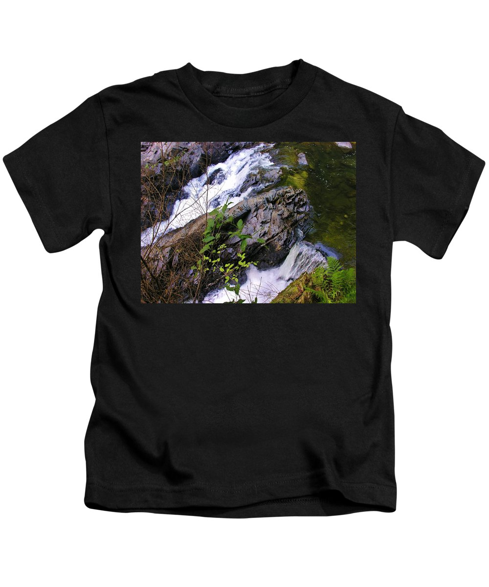 Water Kids T-Shirt featuring the photograph Water Running Down Ledge by Sherman Perry