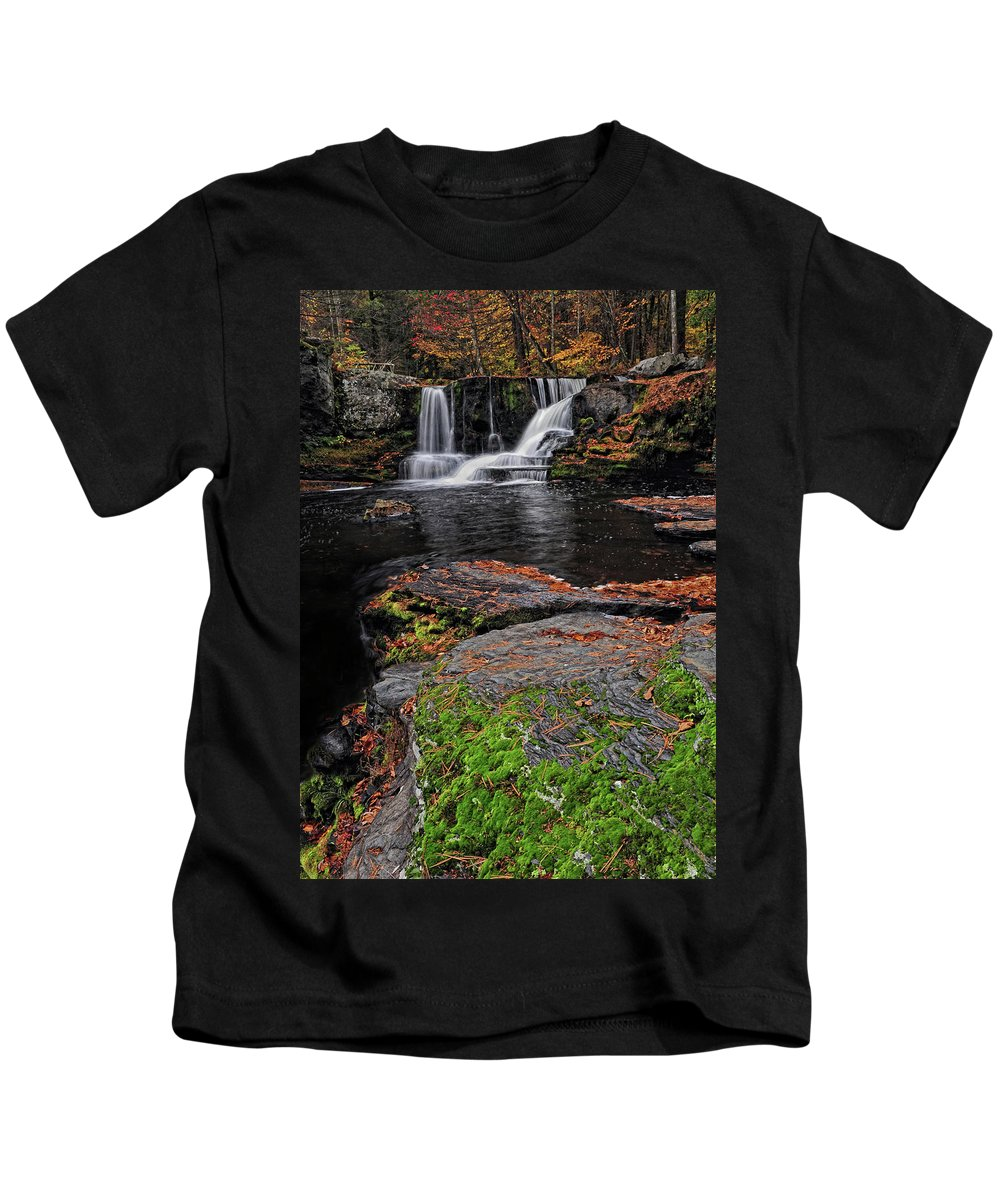 Waterfall Kids T-Shirt featuring the photograph Waterfall Childs State Park by Dave Mills
