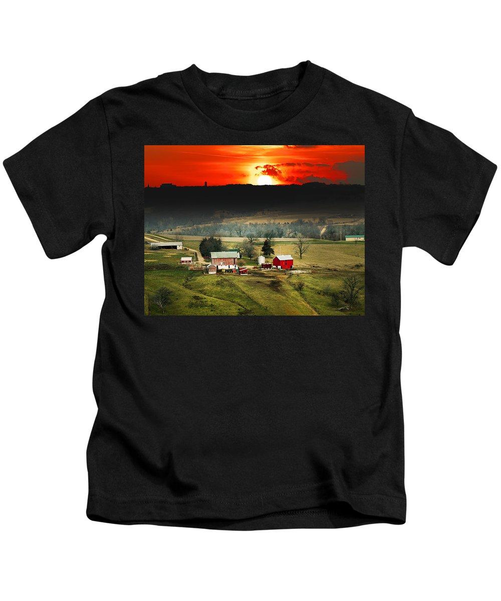 Wisconsin Farm Red Sunset Kids T-Shirt featuring the photograph Wisconsin Farm by Randall Branham