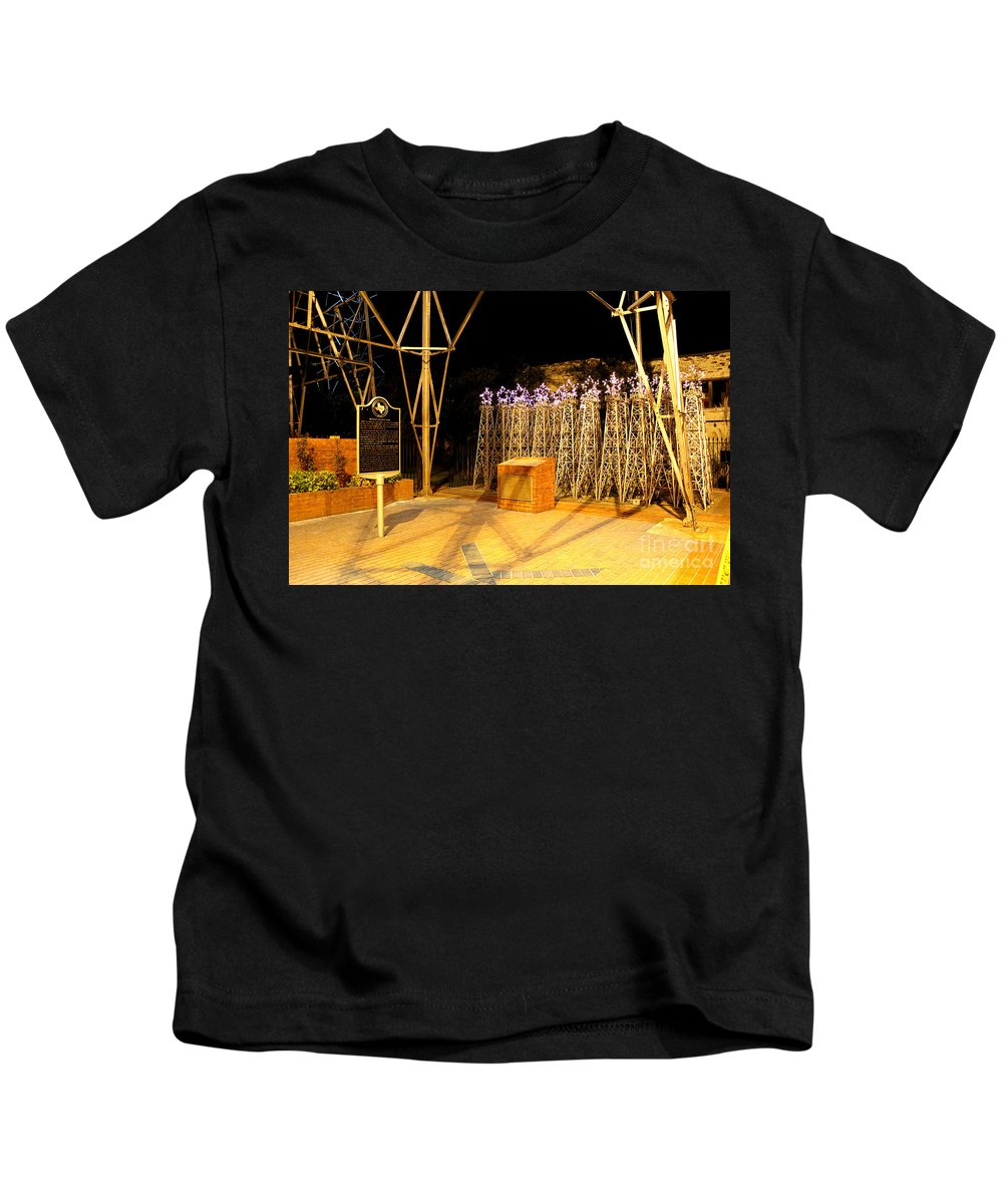 World's Richest Acre Park Kids T-Shirt featuring the photograph Worlds Richest Acre Park In Kilgore by Kathy White