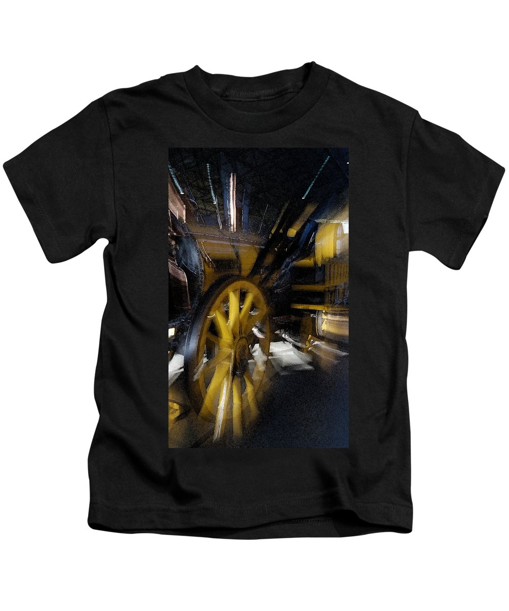 Train Kids T-Shirt featuring the photograph Zoom Rail by Cliff Norton