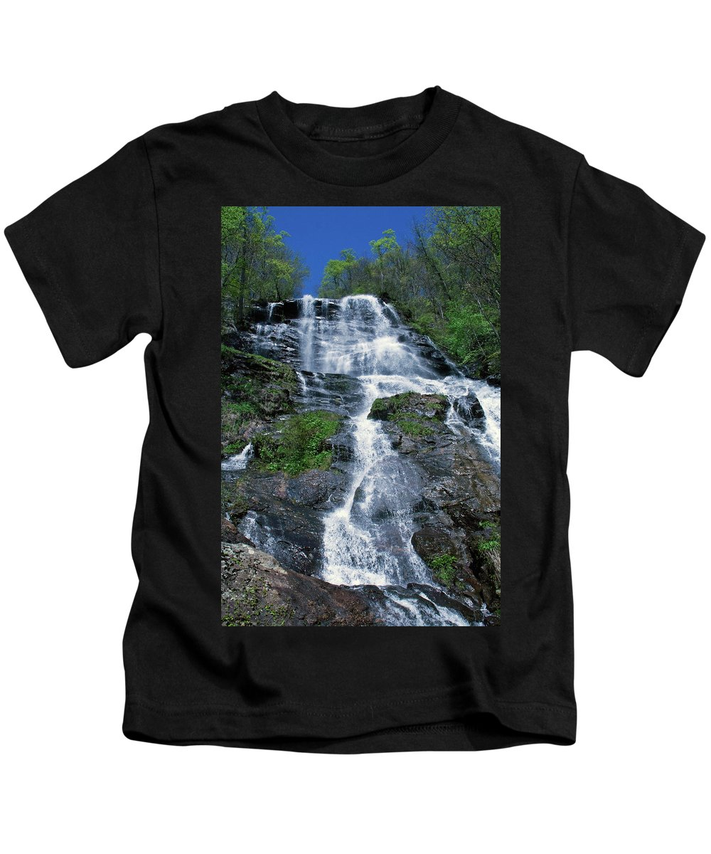 Waterfalls Kids T-Shirt featuring the photograph amicalola falls Ga by David Campbell