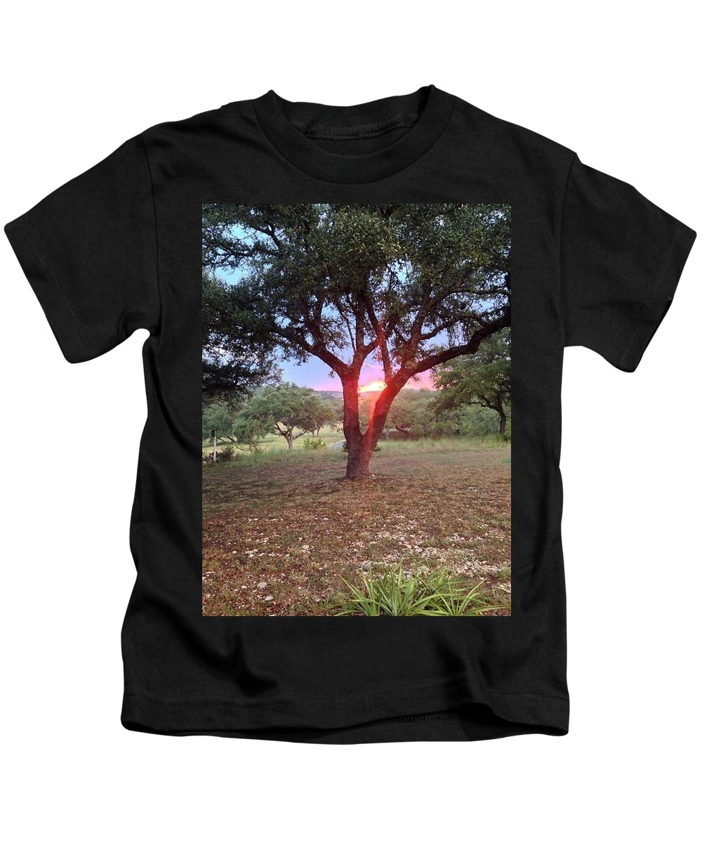 Kids T-Shirt featuring the photograph Blair House Inn by Mary Rose Lam