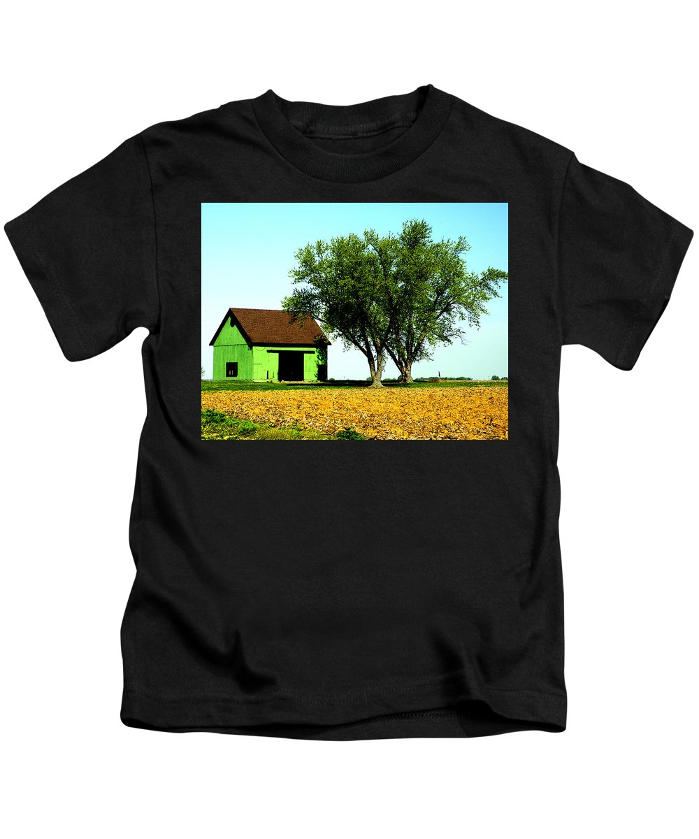 Green Kids T-Shirt featuring the photograph Green Barn by Harry Tart