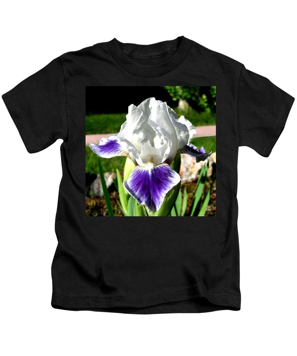 Iris Kids T-Shirt featuring the photograph Iris Elegance by Will Borden