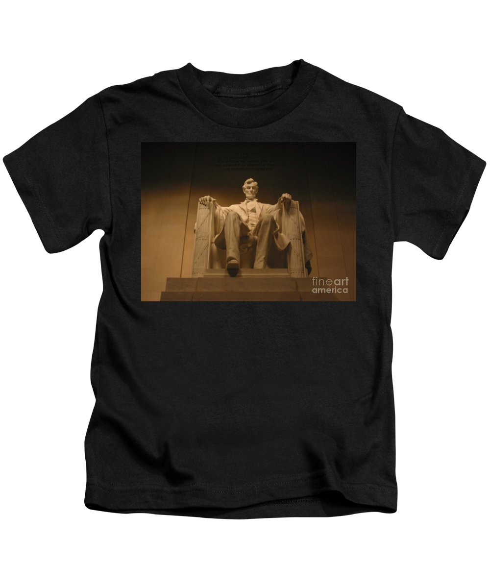 Abraham Lincoln Kids T-Shirt featuring the painting Lincoln Memorial by Brian McDunn