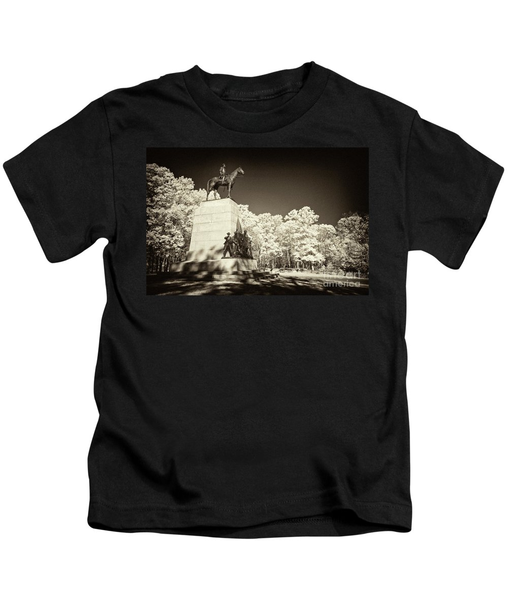 Gettysburg Battlefield Kids T-Shirt featuring the photograph Louisiana Monument At Gettysburg by Paul W Faust - Impressions of Light