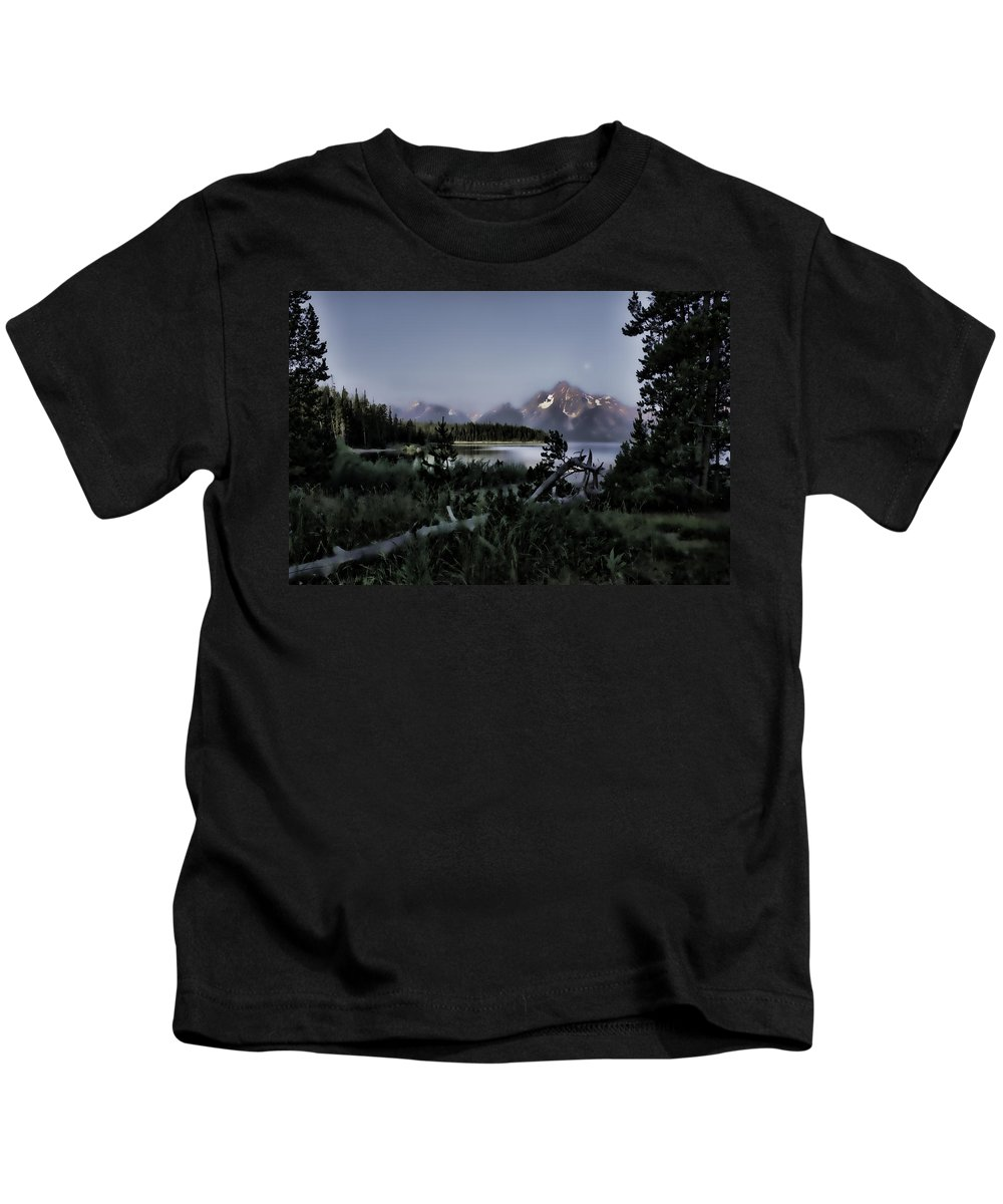 Jackson Kids T-Shirt featuring the photograph Moonset On Jackson Lake by Hugh Smith