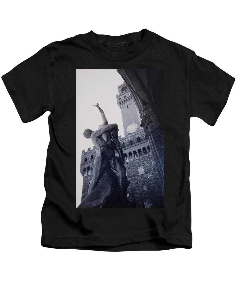 Florence Kids T-Shirt featuring the photograph Palazzo Vecchio by Kurt Hausmann