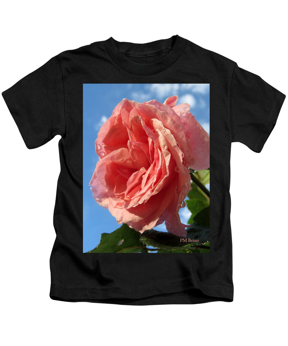 Rose Kids T-Shirt featuring the photograph The Queen by Phyllis Beiser