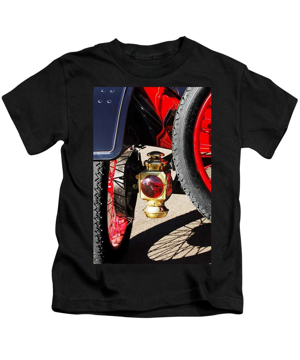 Horseless Carriage Kids T-Shirt featuring the photograph 1911 Ford Model T Torpedo Lamp by Jill Reger