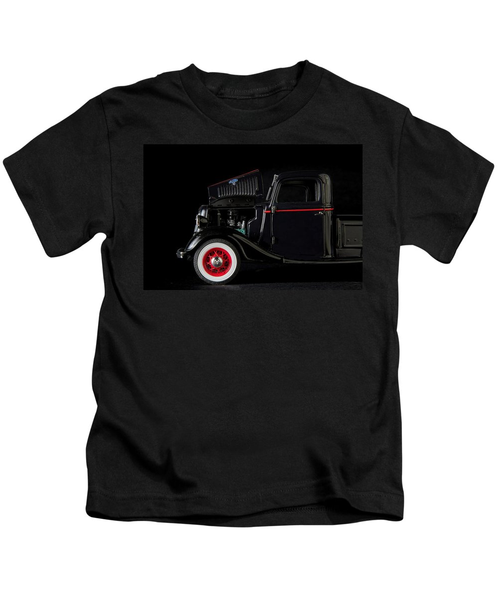 Old Kids T-Shirt featuring the photograph 1935 Truck- 3 by Rudy Umans