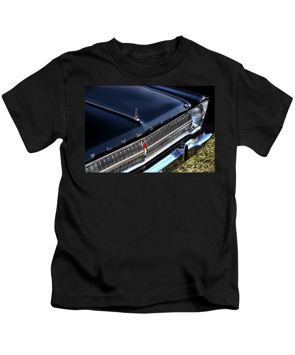 1965. Plymouth Kids T-Shirt featuring the photograph 1965 Plymouth Satellite 440 by Gordon Dean II
