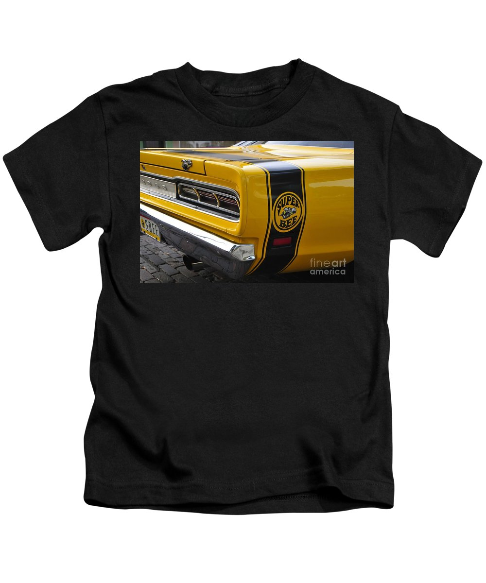 Dodge Charger Super Bee Kids T-Shirt featuring the photograph 1969 Super Bee by David Lee Thompson