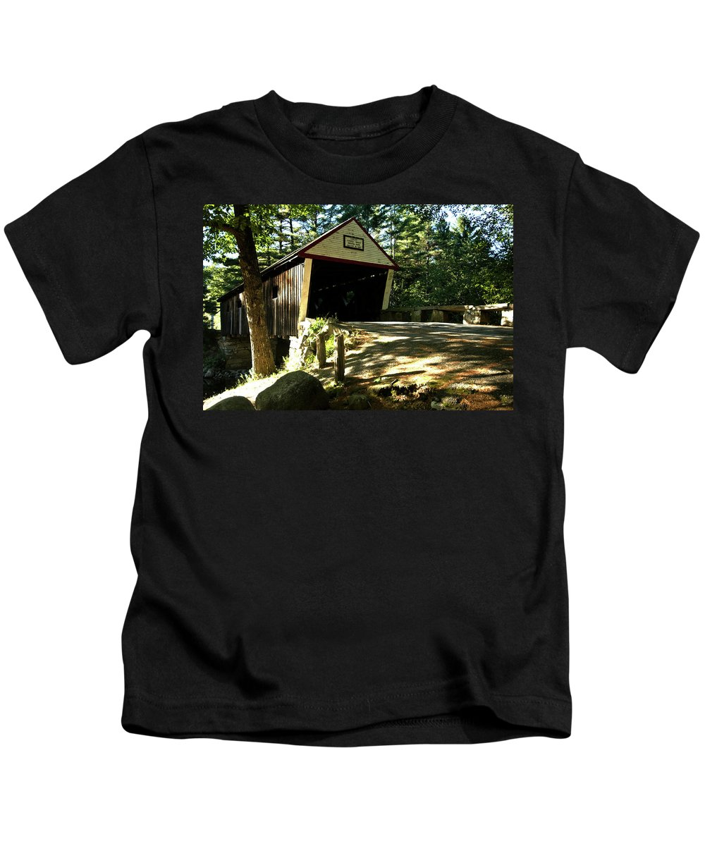 new England Covered Bridges Kids T-Shirt featuring the photograph Lovejoy Covered Bridge by Paul Mangold