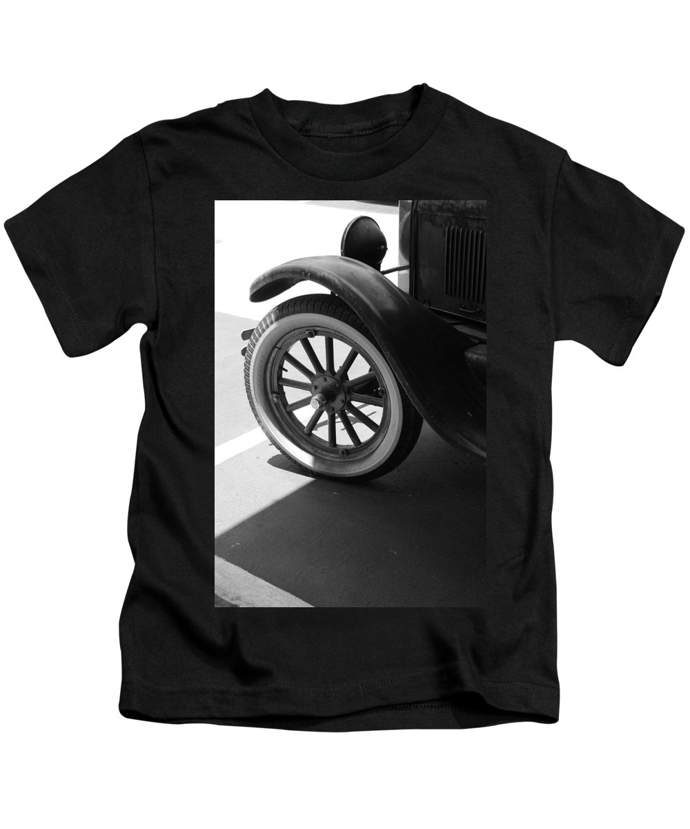 Black And White Kids T-Shirt featuring the photograph 1926 Model T Ford by Rob Hans