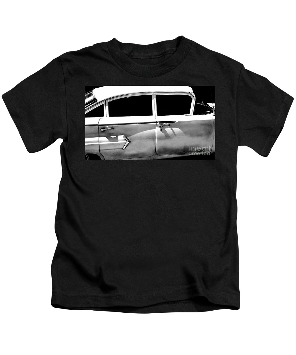 classic Cars Kids T-Shirt featuring the photograph Biscayne by Amanda Barcon