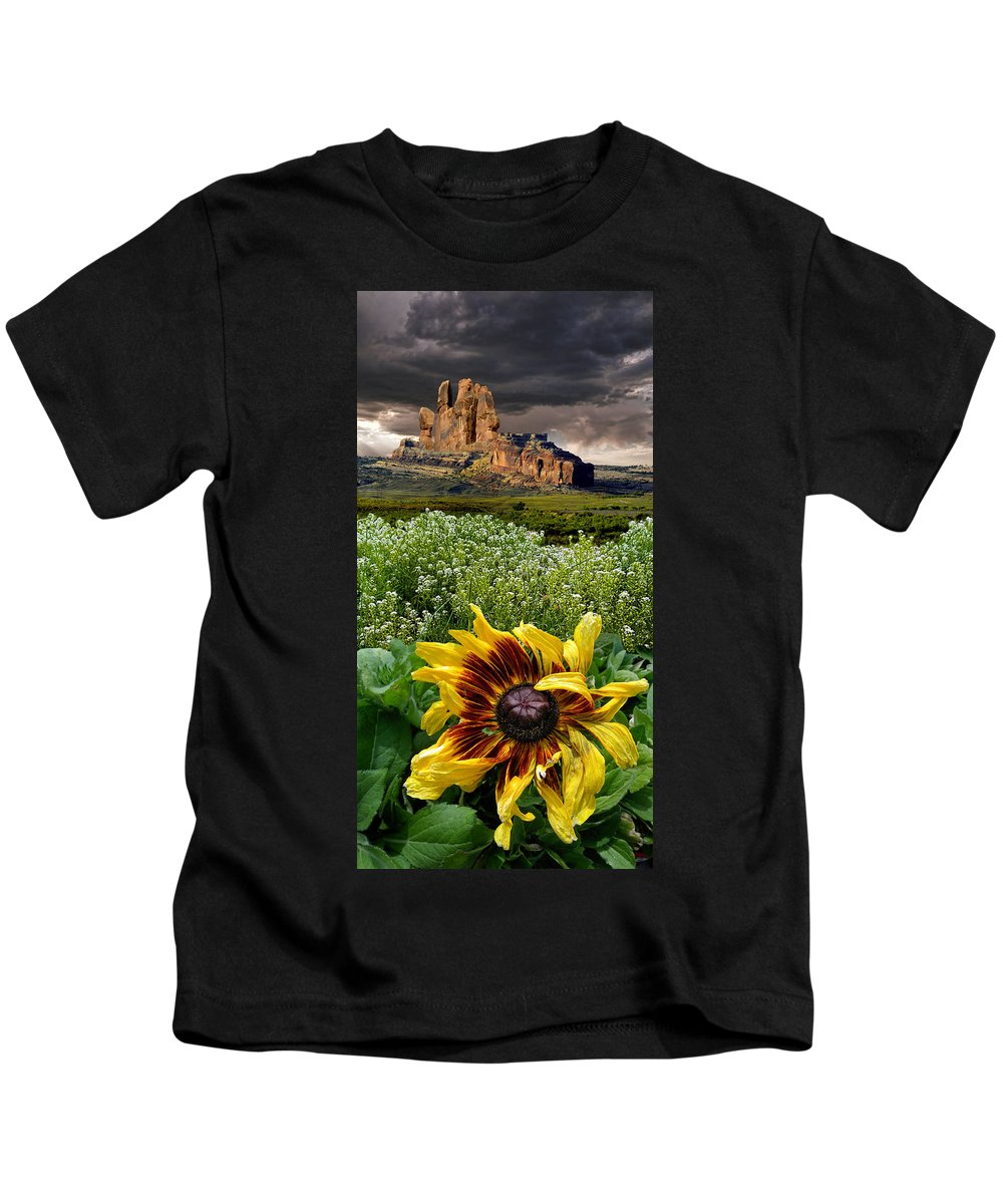 Flowers Kids T-Shirt featuring the photograph 4165 by Peter Holme III