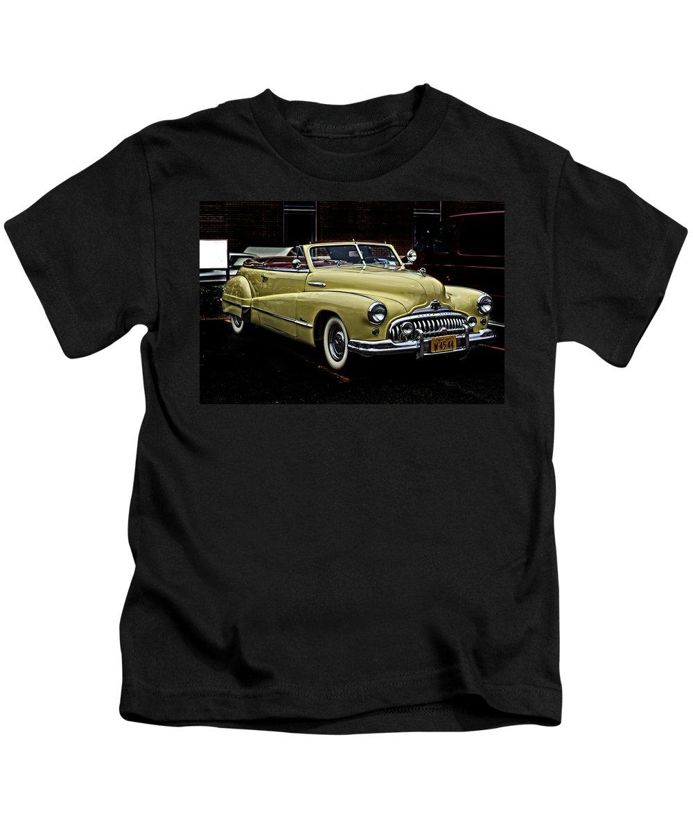 1948 Kids T-Shirt featuring the photograph 48 Buick Ragtop by Jim Markiewicz