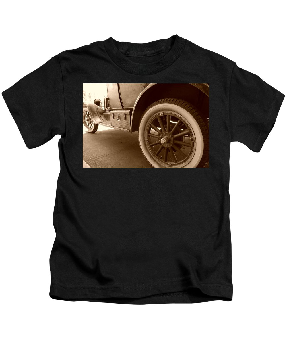 Sepia Kids T-Shirt featuring the photograph 1926 Model T Ford by Rob Hans
