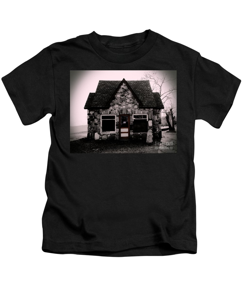Gas Station Kids T-Shirt featuring the photograph 6 Corners Gas Station by September Stone