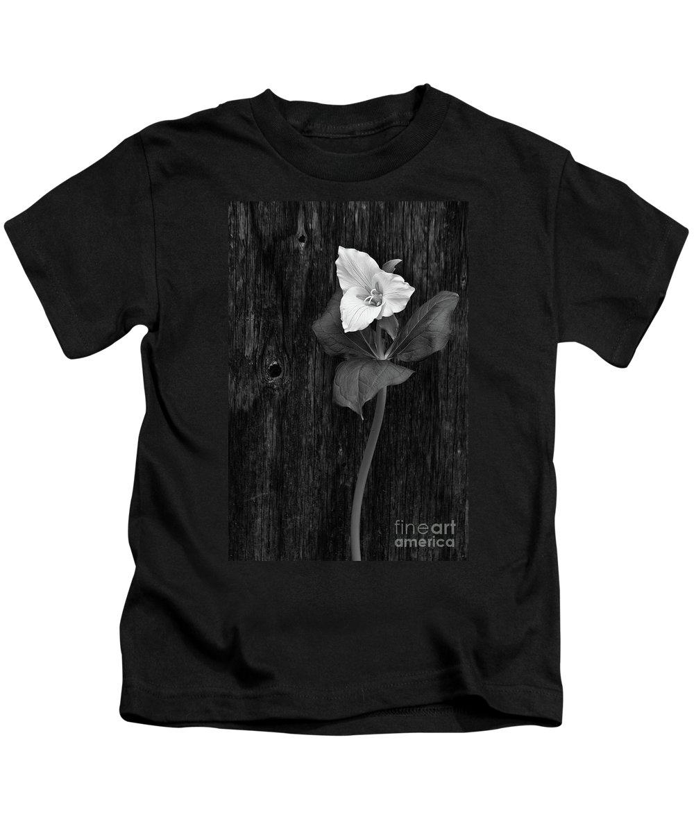 Spring Kids T-Shirt featuring the photograph a beautiful Trillium by Masako Metz