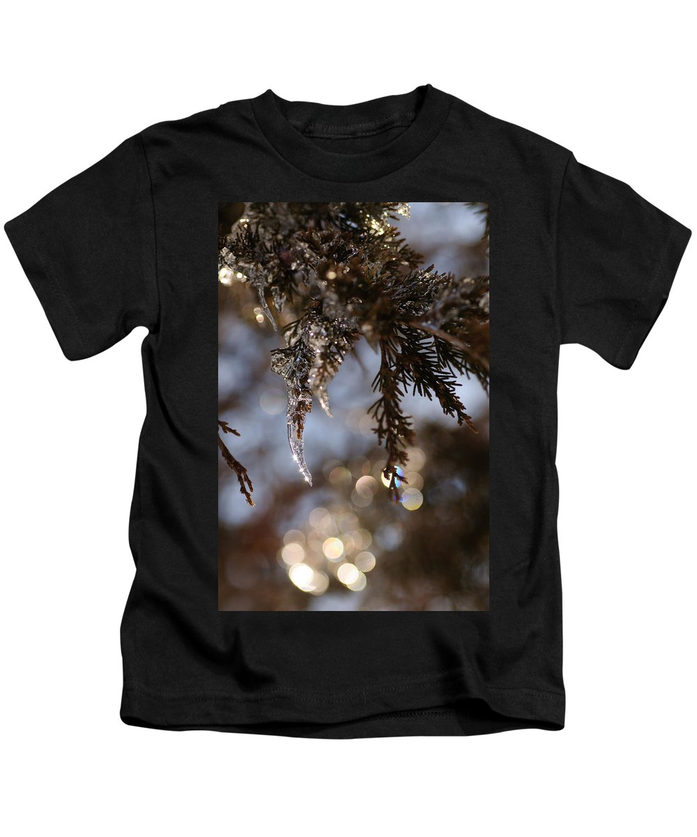 Ice Kids T-Shirt featuring the photograph A Drop Of Ice by David Jenniskens