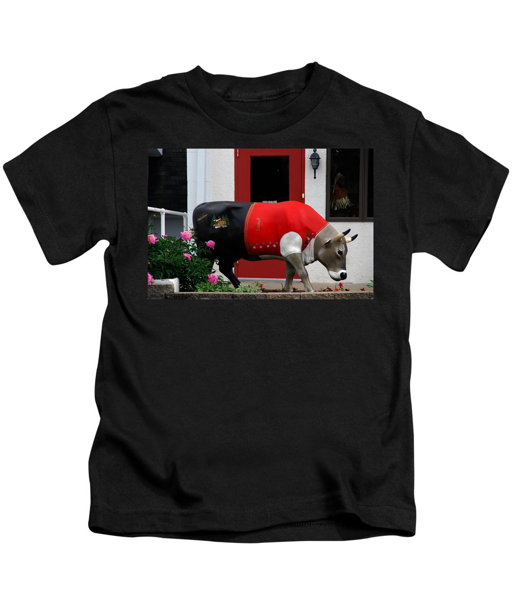 Cow Kids T-Shirt featuring the photograph A Swiss Cow In New Glarus Wi by Susanne Van Hulst
