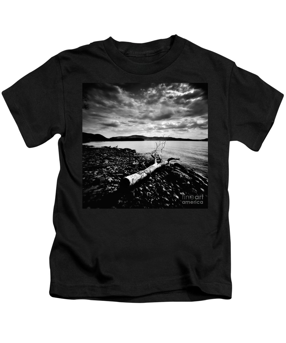 Waterscape Kids T-Shirt featuring the photograph Along The Riverbank Of Beacon by Chet B Simpson