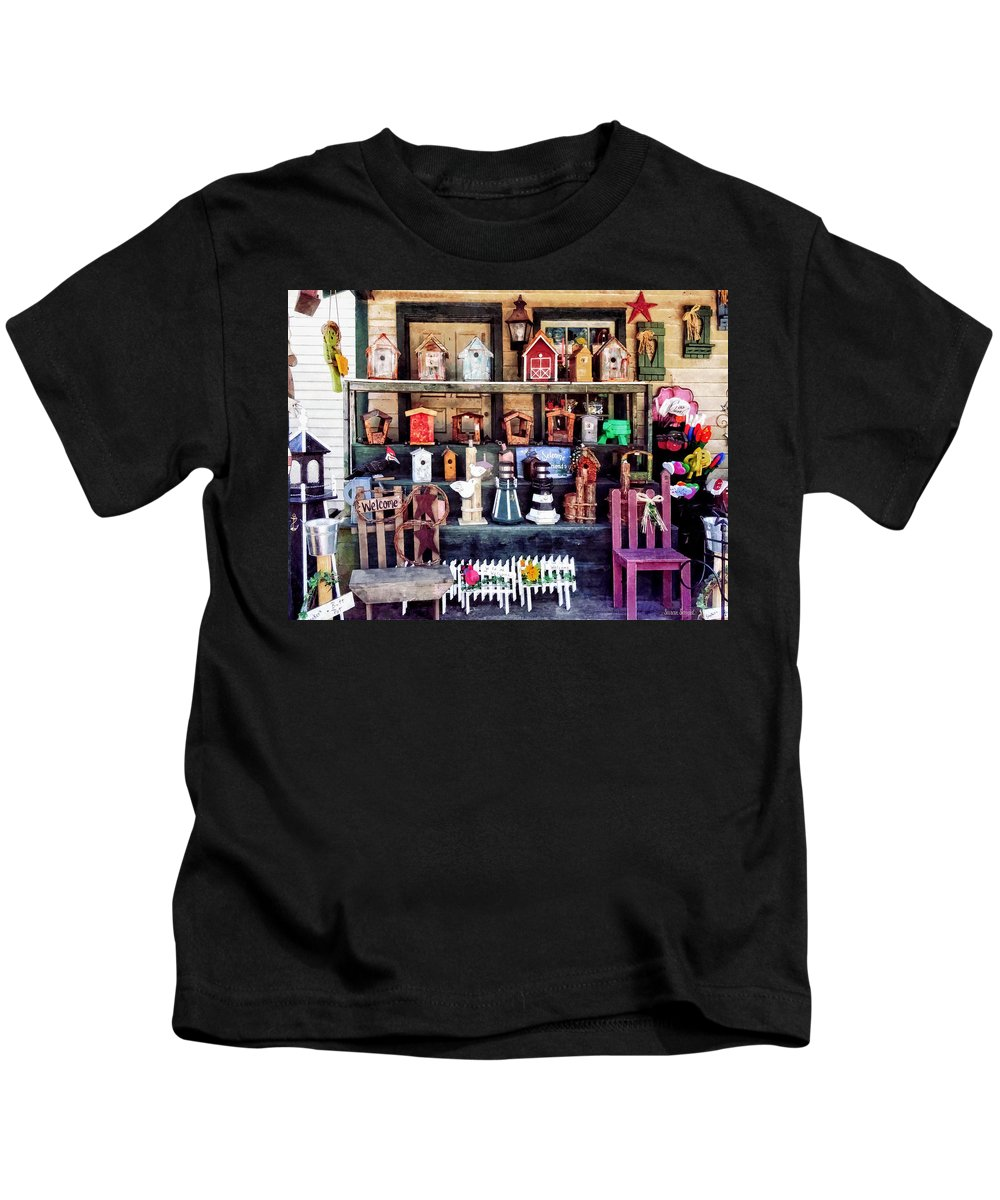 Gift Shop Kids T-Shirt featuring the photograph Americana For Sale by Susan Savad