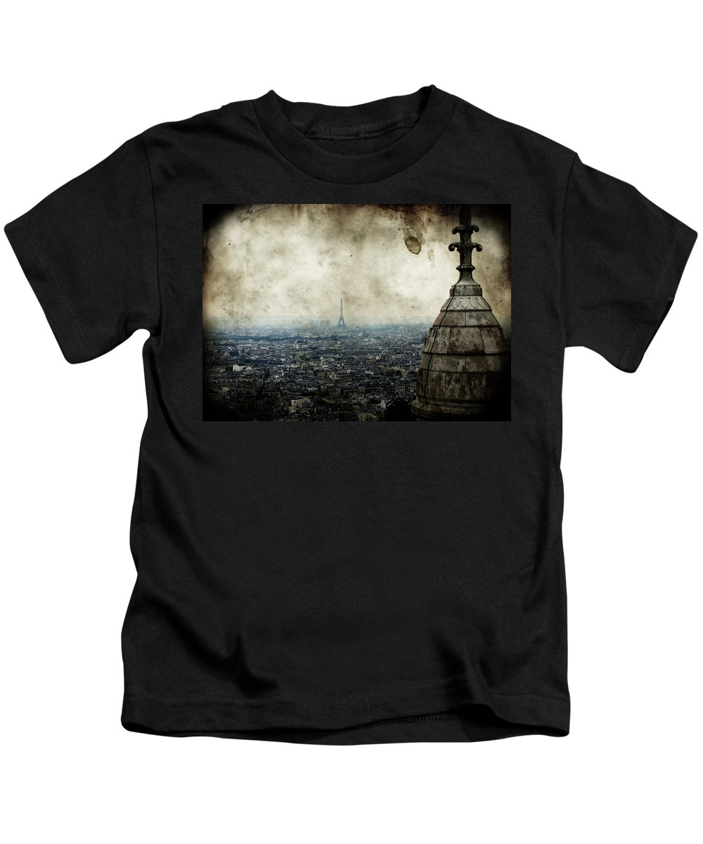 Above Kids T-Shirt featuring the photograph Anamnesis by Andrew Paranavitana