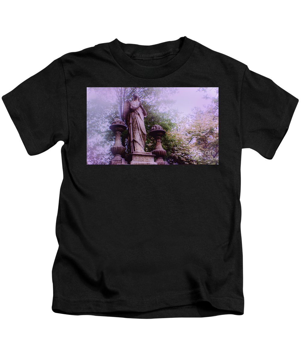 Angel Kids T-Shirt featuring the photograph Angel At Old Swedes by Sandy Moulder
