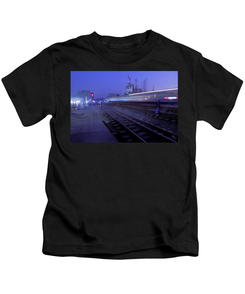 Bd Dhaka Railwaystation Arrival Dusk Kids T-Shirt featuring the photograph Arrival At Dusk by Quazi Ahmed Hussain