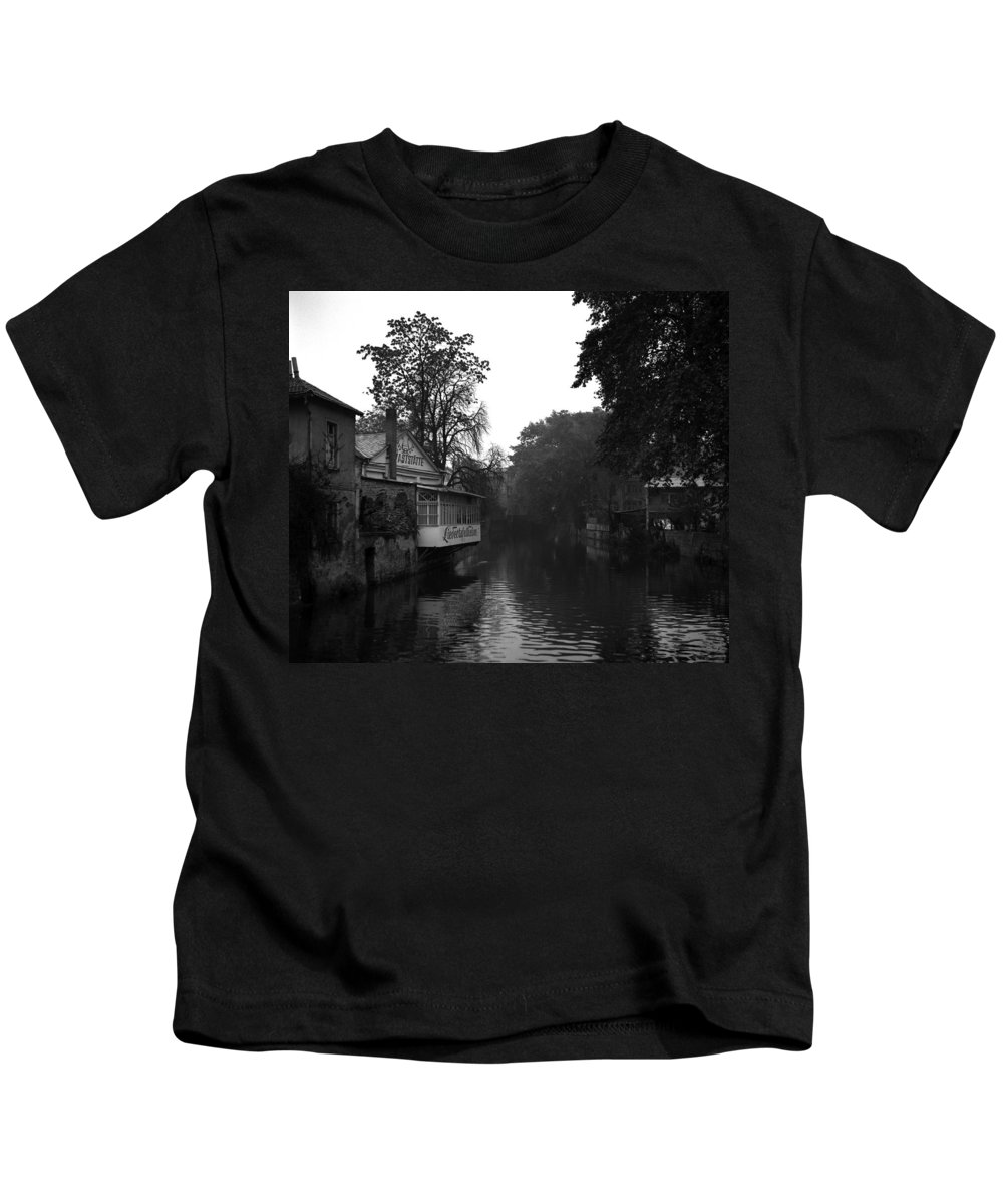 Kids T-Shirt featuring the photograph Bad Kreuznach 10 by Lee Santa