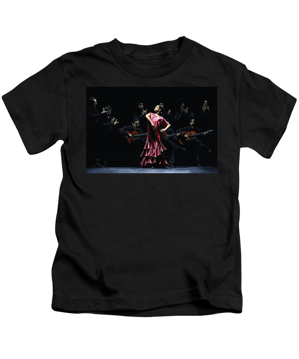 Flamenco Kids T-Shirt featuring the painting Bailarina Orgullosa Del Flamenco by Richard Young