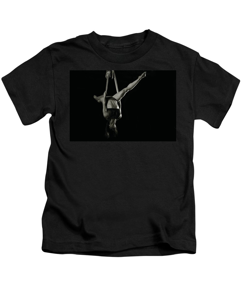 Strength Photographs Kids T-Shirt featuring the photograph Balance Of Power 19 by Monte Arnold