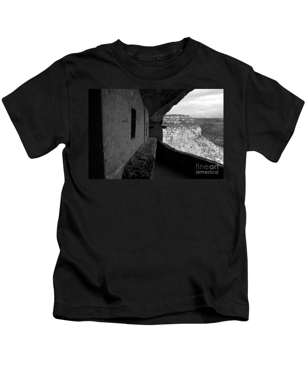 Balcony House Kids T-Shirt featuring the photograph Balcony House by David Lee Thompson