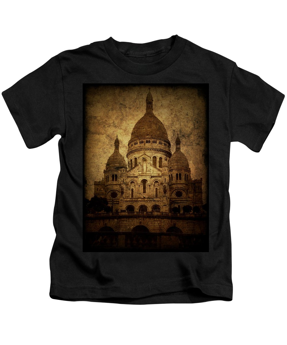 Architecture Kids T-Shirt featuring the photograph Basilica by Andrew Paranavitana