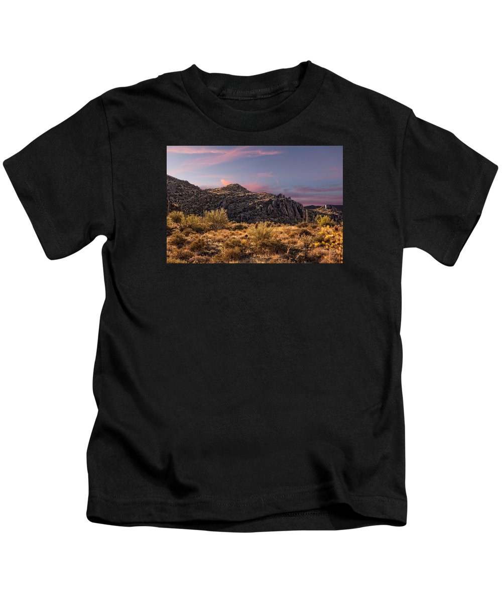 Gateway Trailhead Kids T-Shirt featuring the photograph Beyond Inspiration Point by Dennis Eckel