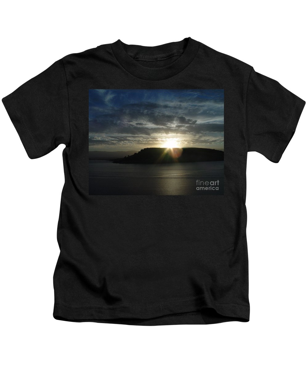 Black Butte Lake Kids T-Shirt featuring the photograph Black Butte Sunrise by Peter Piatt