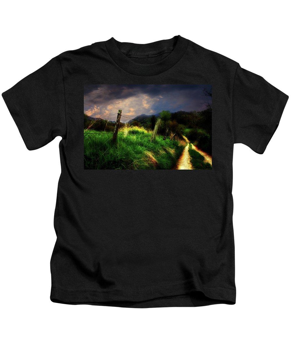 North Carolina Photos Kids T-Shirt featuring the photograph Blue Ridge Mountain Country Road by Gray Artus