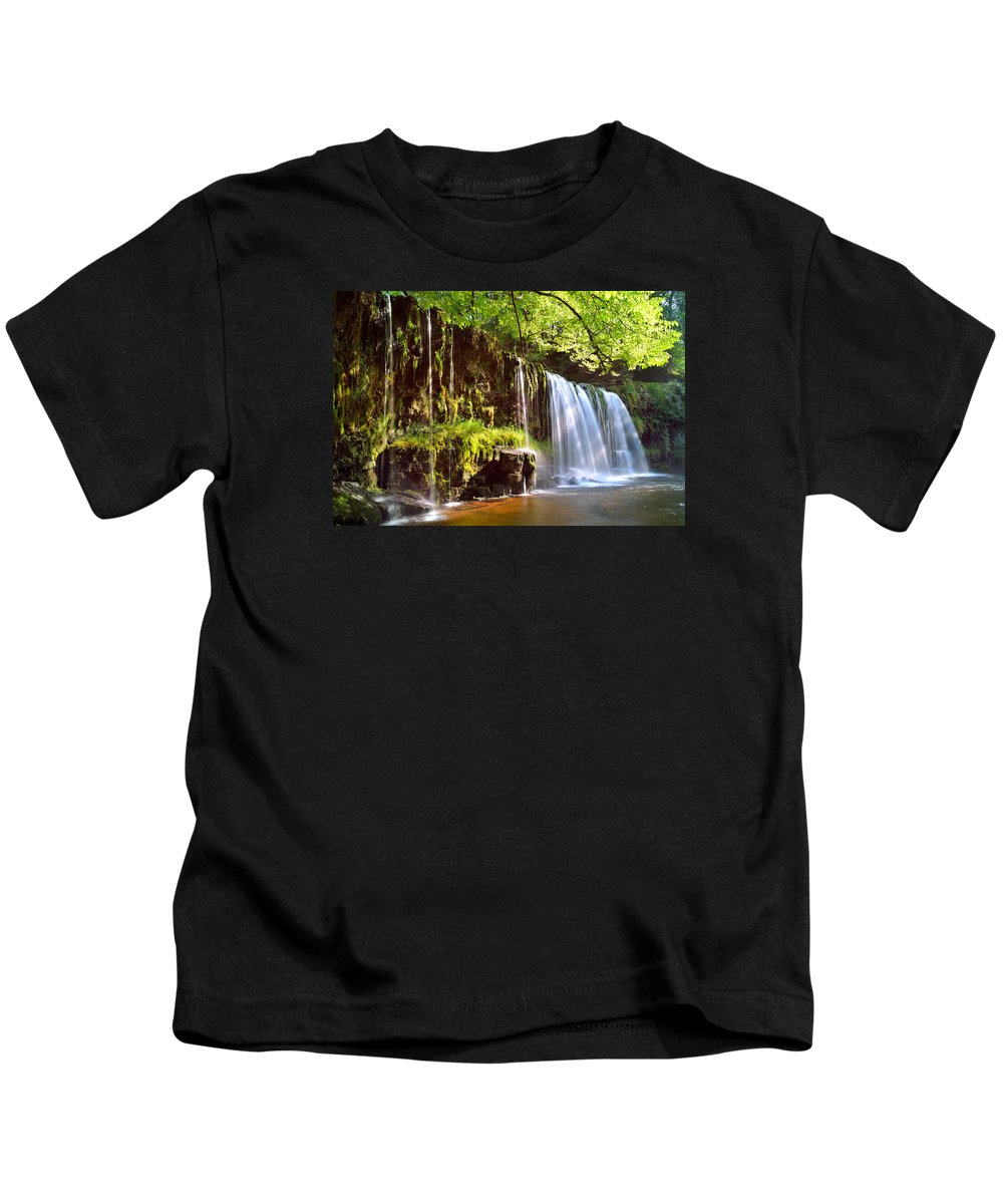 Brecon Beacons Kids T-Shirt featuring the photograph Brecon Beacons National Park 1 by Phil Fitzsimmons