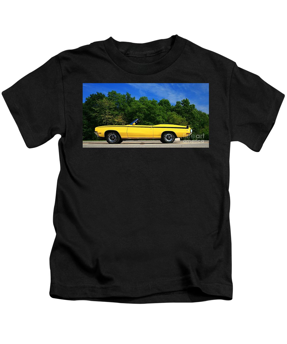 Car Kids T-Shirt featuring the photograph Buick Gsx by Robert Pearson