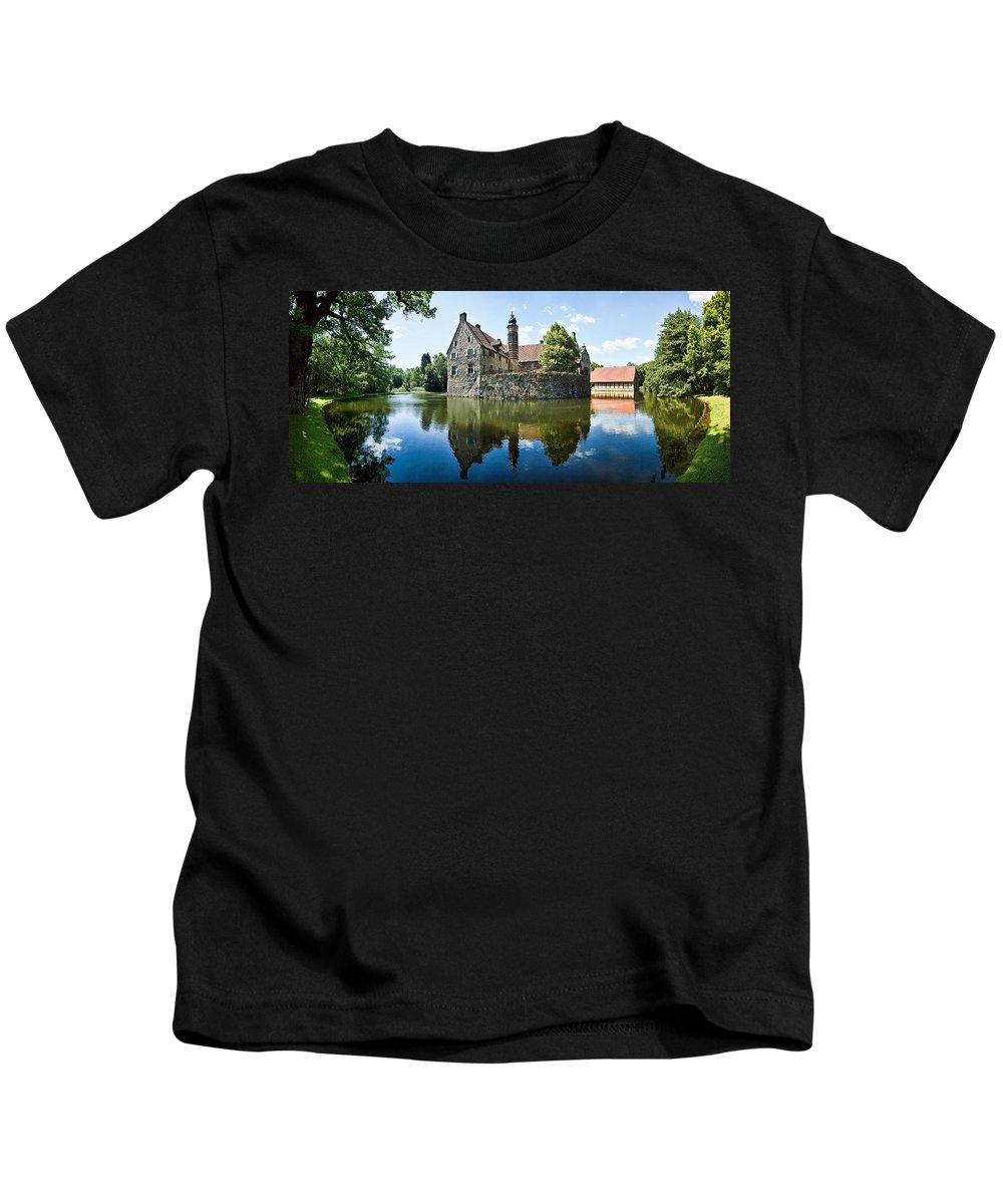 Burg Vischering Kids T-Shirt featuring the photograph Burg Vischering by Dave Bowman