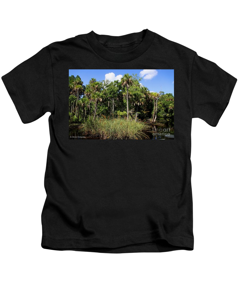 Cotee River Kids T-Shirt featuring the photograph Cabbage Palms Along The Cotee River by Barbara Bowen